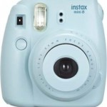 Fujifilm INSTAX Mini 8 vs Polaroid PIC-300 Review